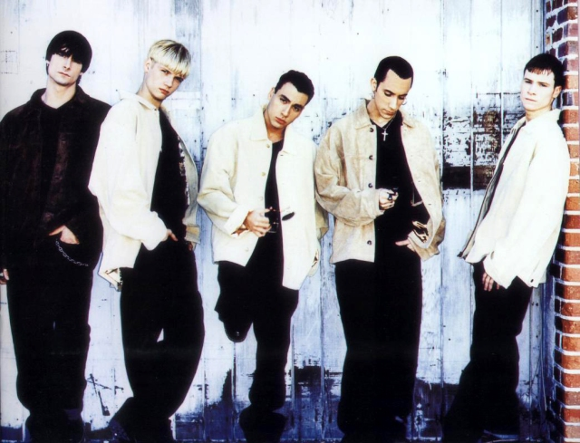 Backstreet-Boys-the-backstreet-boys-31014990-1046-800